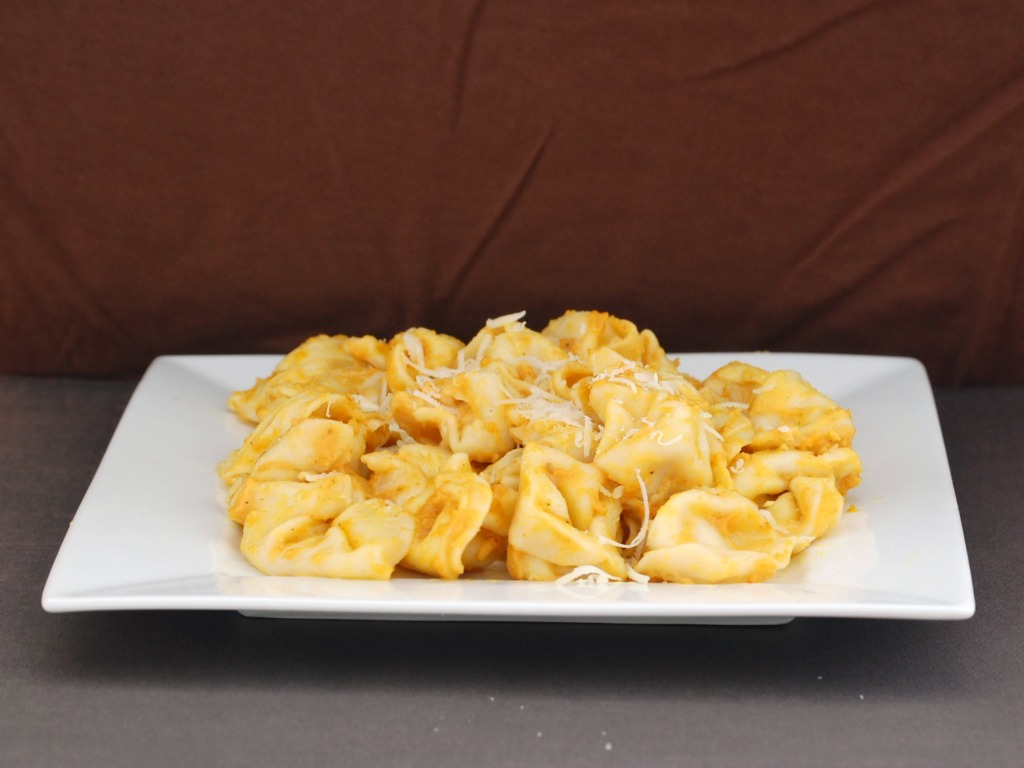 Cheese Tortellini with Pumpkin Alfredo Sauce
