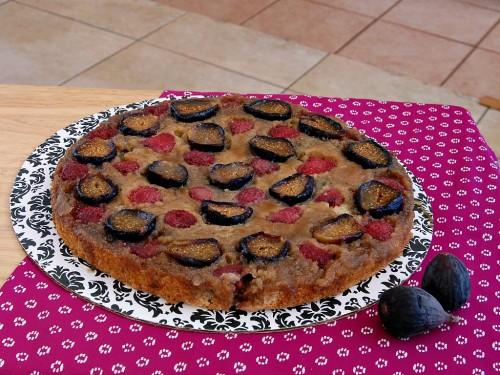 Fig-Raspberry Upside Down Cake
