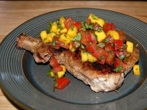 Caribbean Pork with Mango Salsa #maindish #quickandeasy #lowfat