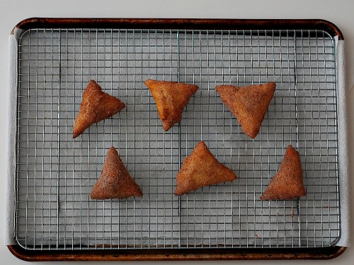 Sopapillas by The Redhead Baker #CincoDeMayo