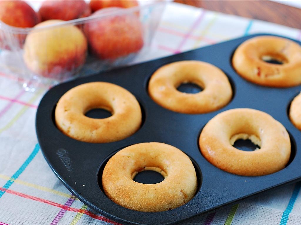 Fresh Peach Donuts #DairyFree #LowFat by @TheRedheadBaker