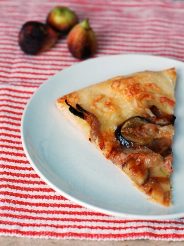 Fig, Pancetta, Fontina and Caramelized Red Onion Pizza by @TheRedheadBaker