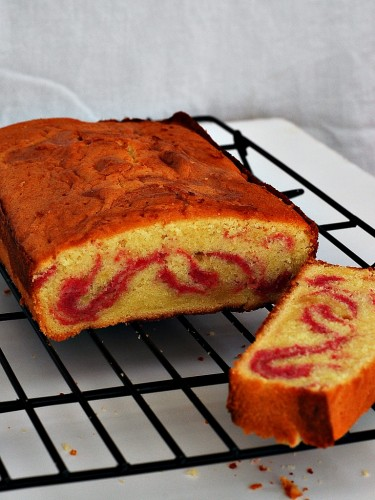 Raspberry Swirl Pound Cake for #Cookbooks&Calphalon