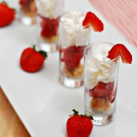 Strawberry Shortcake Dessert Shooters #SundaySupper