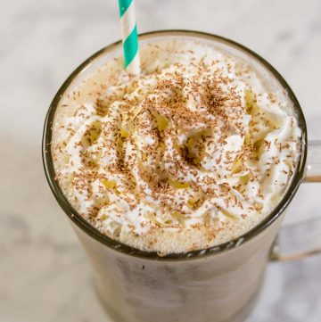 Enjoy the creamy White Russian cocktail as milkshakes! Coffee ice cream, milk, whipped cream vodka and coffee liqueur blend together in a frozen twist on the classic cocktail!