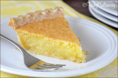 Easy Lemon Curd Pie by Very Culinary