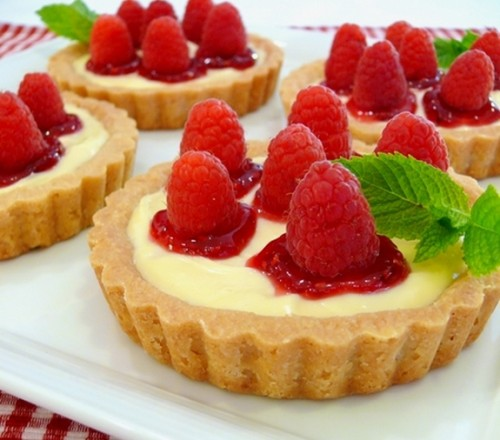 Raspberry-Lemon Tartlets by Noble Pig