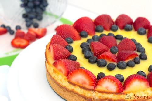 Berry Lemon Cheesecake by It's Yummi