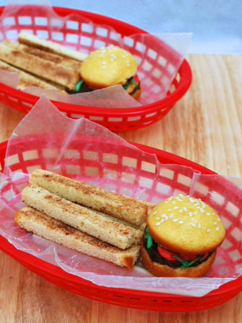 Fake-Out Sliders and Fries #SundaySupper   theredheadbaker