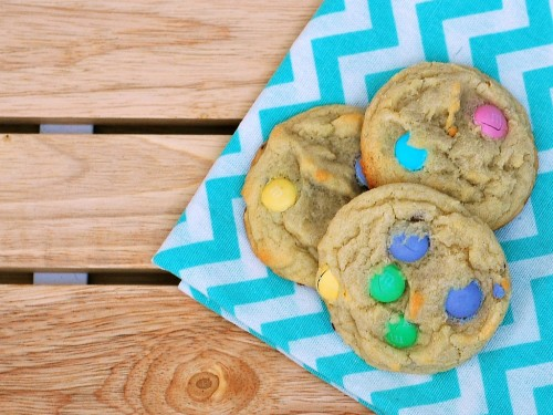 #Easter Candy Cookies | theredheadbaker.com