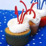 Wow your friends at your next get-together! Learn how to make patriotic cupcakes with this easy Firecracker Cupcakes tutorial by theredheadbaker.com