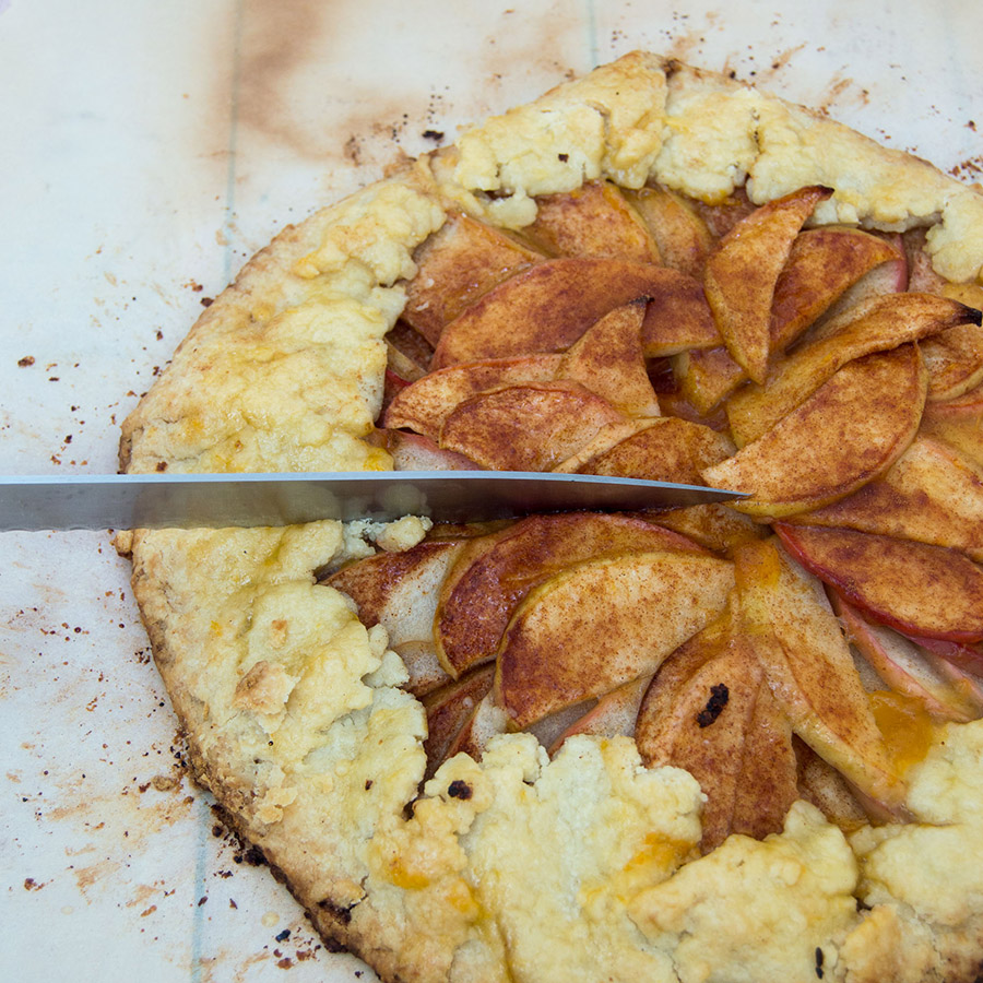 Honeycrisp Apple Tart #SundaySupper