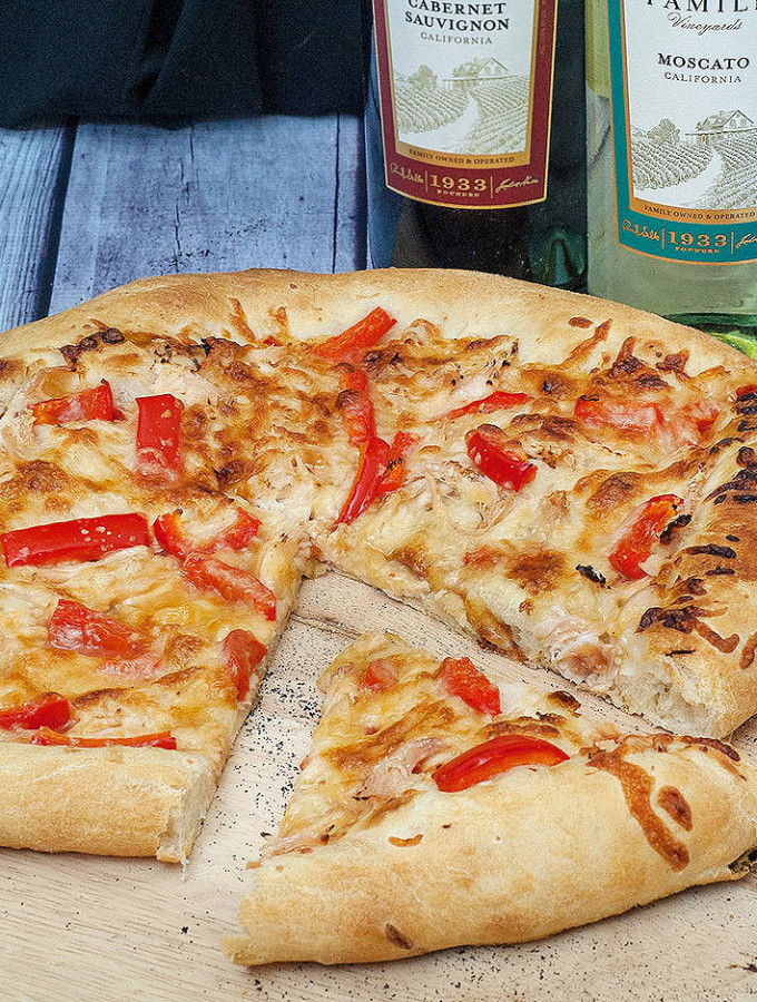Thai Chicken Pizza #SundaySupper