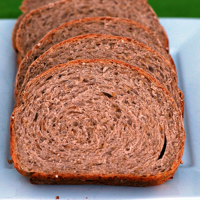 Embrace your Irish side with this heart-healthy Irish oatmeal bread. Steel-cut oats and whole wheat fiber provide you with 3 grams of fiber and 5 grams of protein per slice!