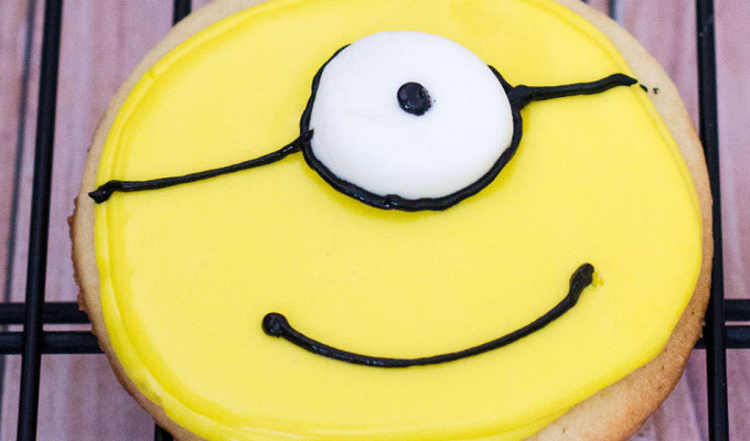 Minion Sugar Cookies #MinionsMovieNight