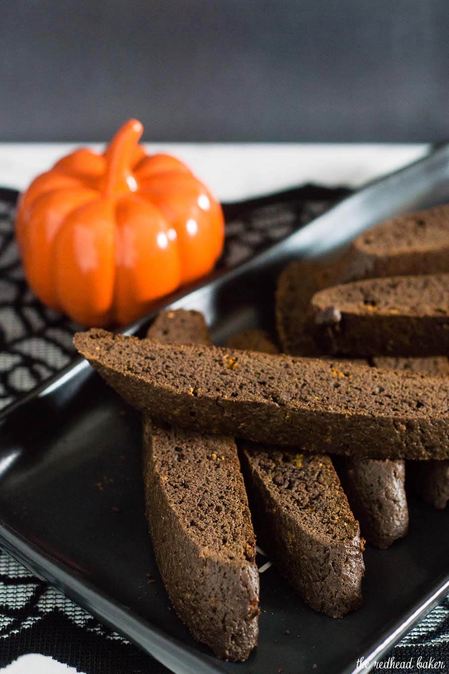 Butterfinger biscotti uses up some of your leftover Halloween candy in a tender, American-style chocolate biscotti cookie. #SundaySupper