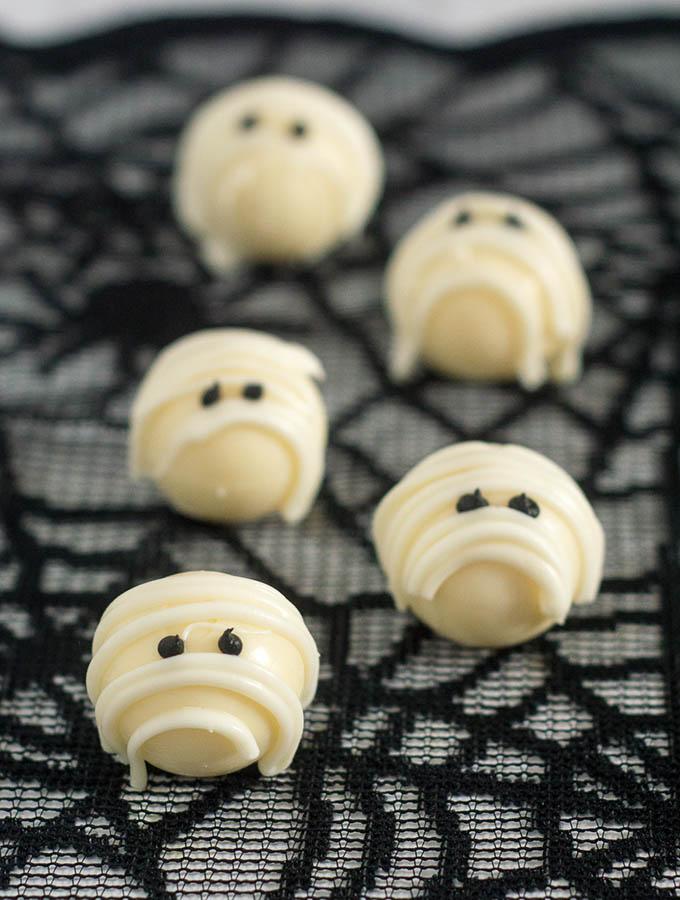 White Chocolate Mummy Truffles #ProgressiveEats