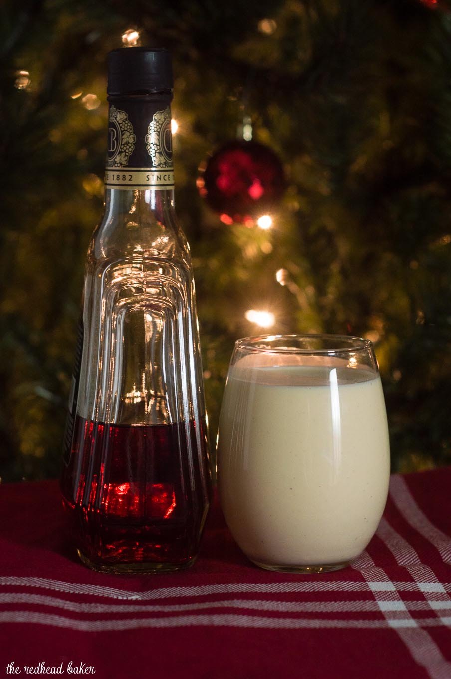 What says Christmas more than homemade eggnog? This traditional recipe uses eggs, cream, sugar and nutmeg, with the optional addition of brandy or other liquor. #SundaySupper