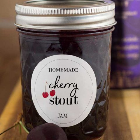 Cherry stout jam combines fresh farmers market cherries and chocolate stout beer for a rich, delicious jam that lets you enjoy a taste of summer all year long! #FarmersMarketWeek