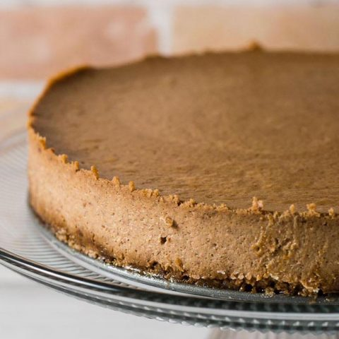 Apple Butter Cheesecake with Gingersnap Crust