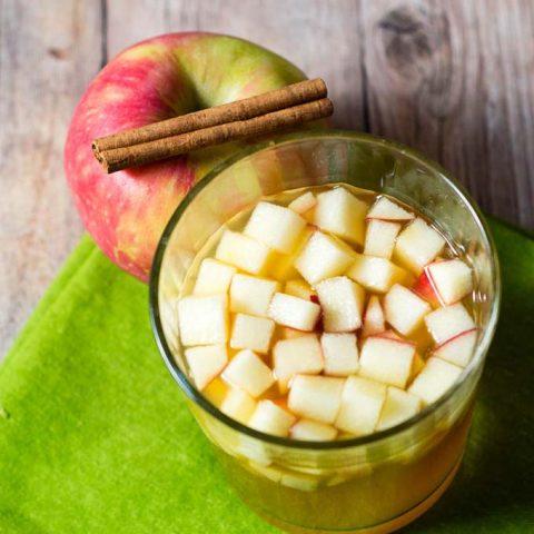 Cinnamon Apple Cider Sangria