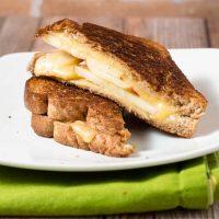 Honeycrisp Gouda Grilled Cheese Sandwiches