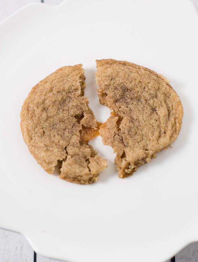 Caramel-Stuffed Snickerdoodles #ChristmasCookies