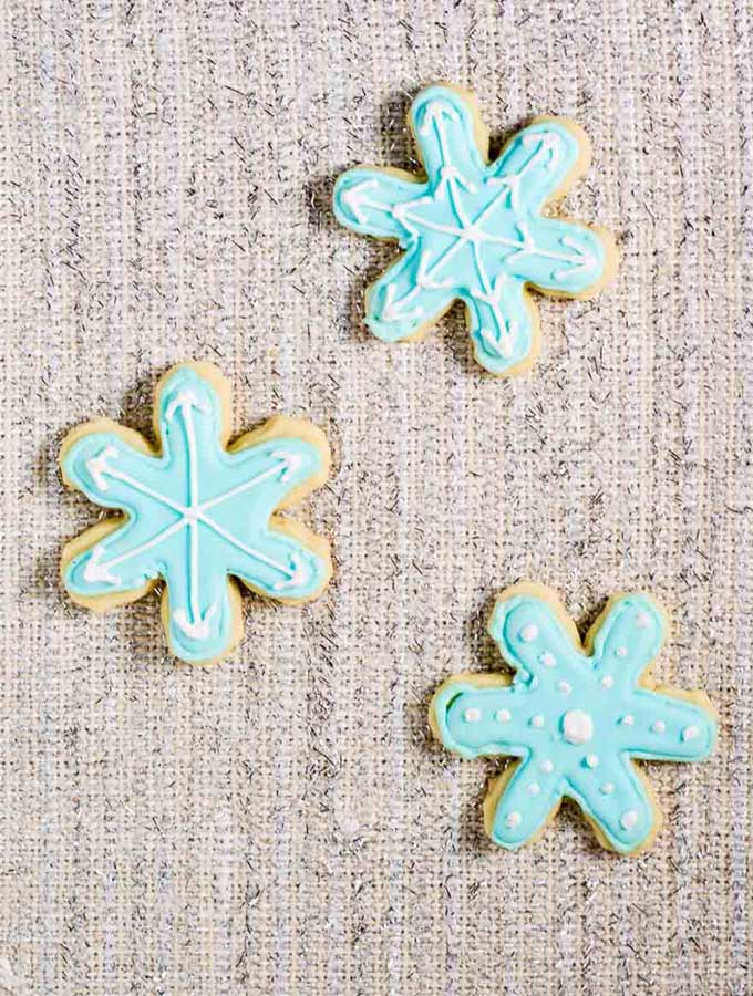 Snowflake Cookies #ChristmasCookies