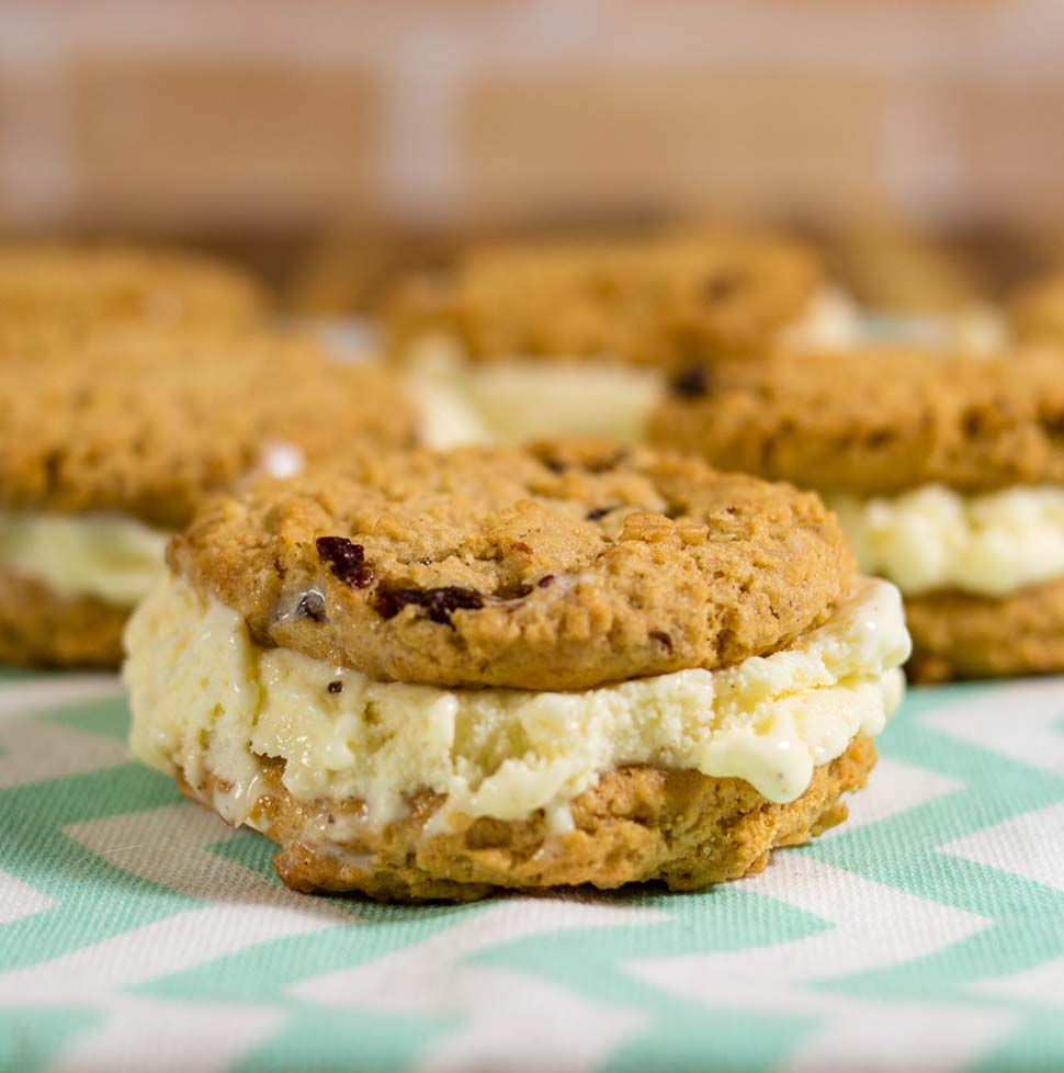 Cinnamon oatmeal cookie ice cream sandwiches pair homemade cinnamon ice cream between two soft oatmeal raisin cookies. You won't find this combination in your grocer's freezer! #ProgressiveEats